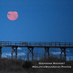Oceanana Moonset